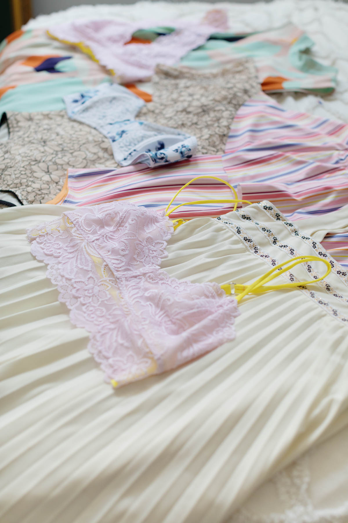 lingerie traveling tips