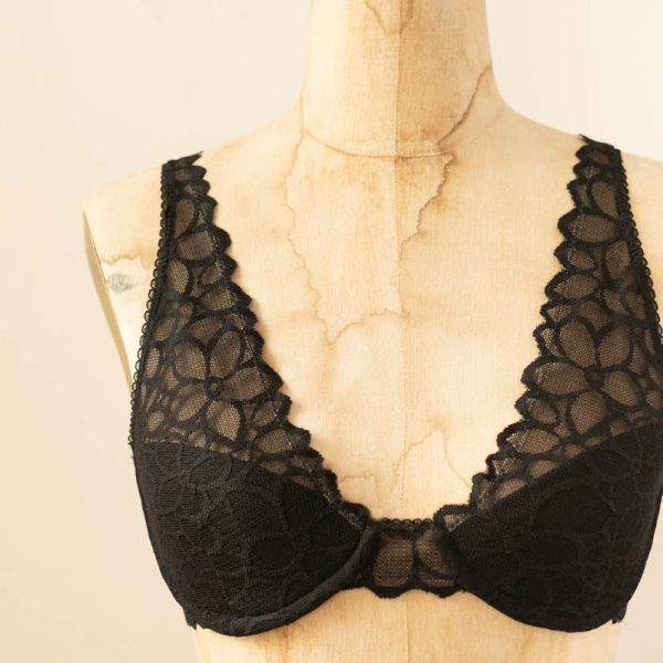 black underwire brea